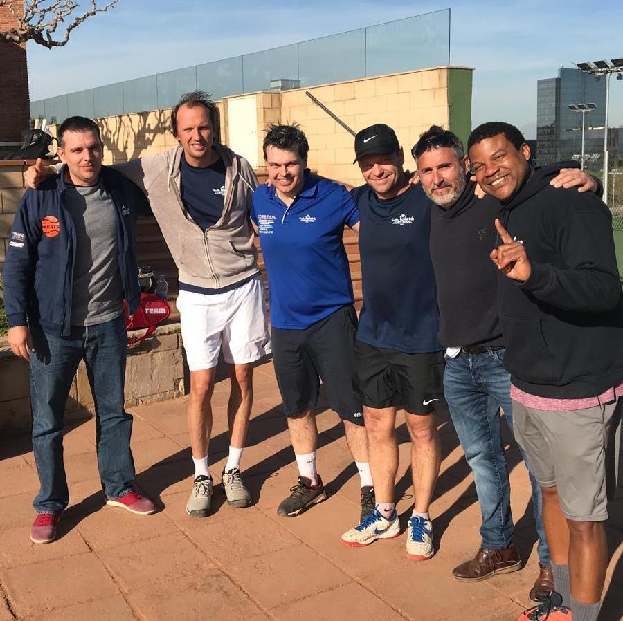 Els equips de tennis del Laietà es classifiquen per les fases finals